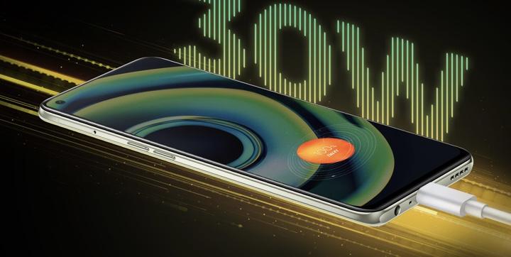 realme Q3 Pro 5G kini rasmi - Cip Dimensity 1100, Skrin AMOLED 120Hz pada harga sekitar RM 1,138 18