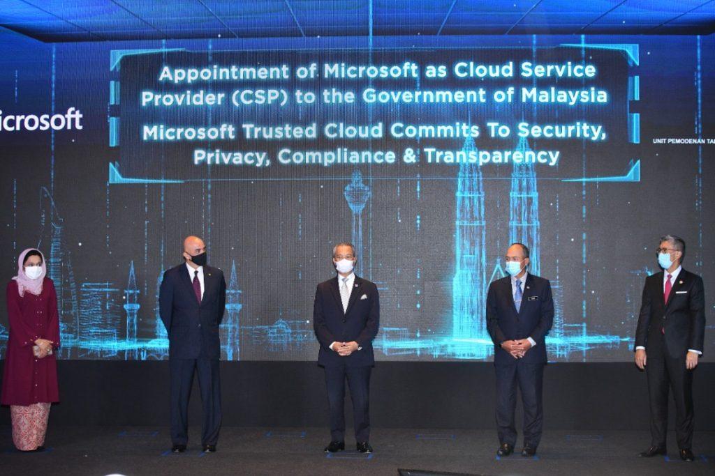 """Microsoft umum pembangunan pusat data serantau pertama di Malaysia sebagai sebahagian inisiatif """"Bersama Malaysia"""" 10"""