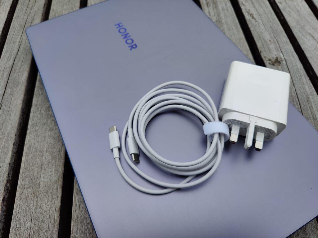 ULASAN : HONOR MagicBook 15 - komputer riba harga berpatutan yang sesuai untuk tugas profesional dan hiburan 47