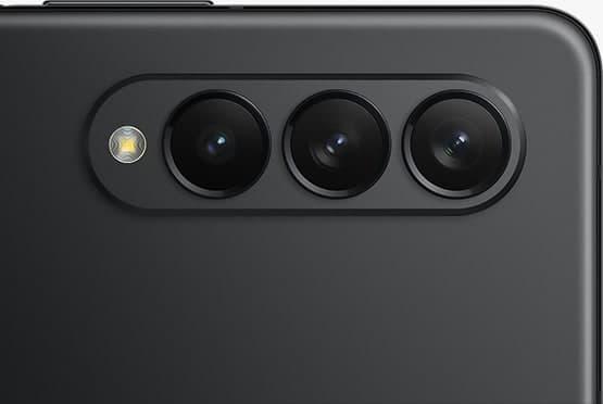 Samsung Galaxy Z Fold3 kini rasmi dengan Snapdragon 888 dan 2 skrin paparan AMOLED 120Hz 18
