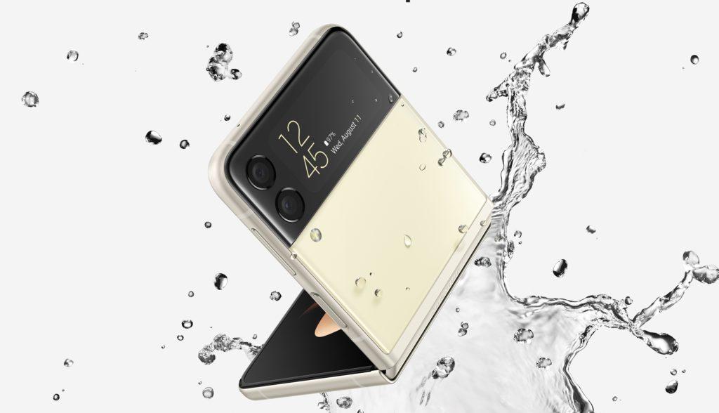 Pandangan Pertama Samsung Galaxy Z Flip3 5G - Telefon Pintar Foldable Untuk Semua 23