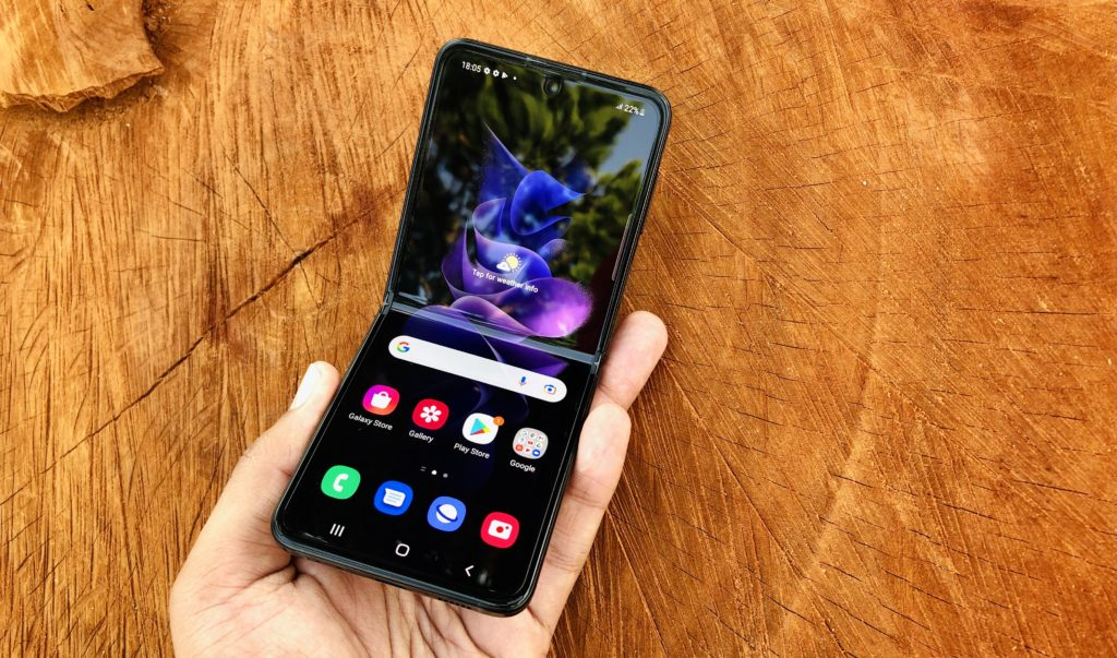 ULASAN : Samsung Galaxy Z Flip3 5G - Telefon Pintar Foldable Lebih Lasak & Lebih Mampu Milik 58